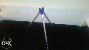 SNIŽENO aluminijum tripod za feeder i dubin štapove