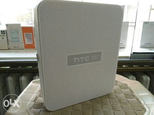 HTC 10 100KM 12mj shoping card sve banke,,
