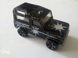 Stariji autić Majorette Land Rover