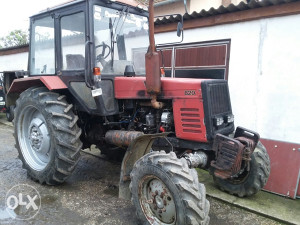 Traktor RUS,  Belorus 820, 2001.god.
