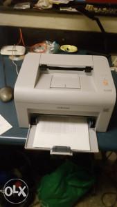 Laserski printer Samsung ML2010