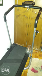 Traka za trcanje - mehanicka, bez struje