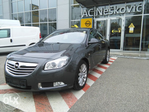 Opel Insignia Cosmo 2.0 DTH 160 KS