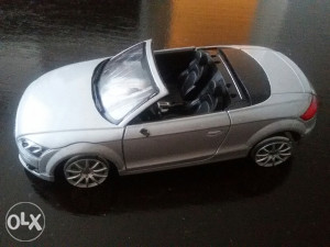 Audi TT 1/24 ima nedostataka pod detaljno