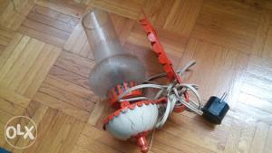 Lampa stara na struju