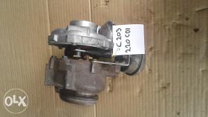 Turbina Mercedes C 203 220 CDI
