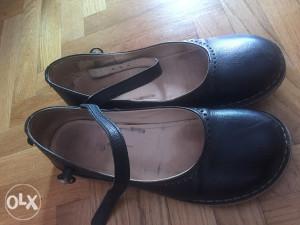 zenske cipele KicKers